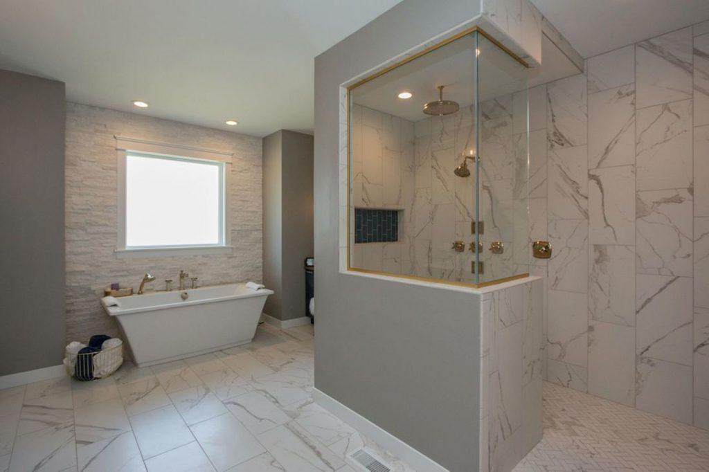 SGA Construction interior modern bathroom